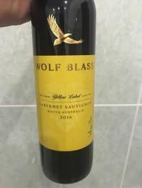 Rượu Vang Úc Wolf Blass Yellow Label Tphcm
