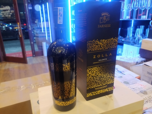 Vang ý cao cấp phiên bản quà tặng Zolla Puglia