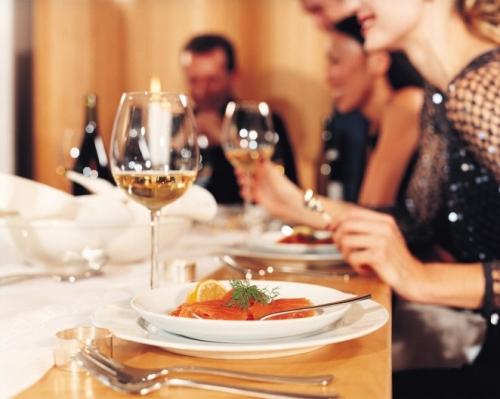 Hướng Dẫn Chọn chọn Rượu Vang Chuẩn Như Chuyên Gia Sành Rượu